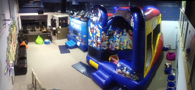 inflatable-fun-cafe-topview