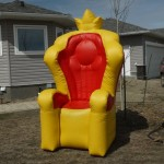 King Throne Chair Be the king or queen of your event with this oversized inflatable throne. Kids just love having their picture taken in it. Great for birthdays and events $100/$115/$130 (4/6/8 hrs respectively) 4'(W) x 4'(L) x 8'00(H)