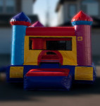 Inflatable Bouncy Castles  Mini Jump Inflatable Junior sized, great for any indoor space. Includes a ball pit for plenty of bouncing fun! A great add on to any rental. $155/$175/$195 (4/6/8 hrs respectively) 9'(W) x 13'(L) x 7'10(H)